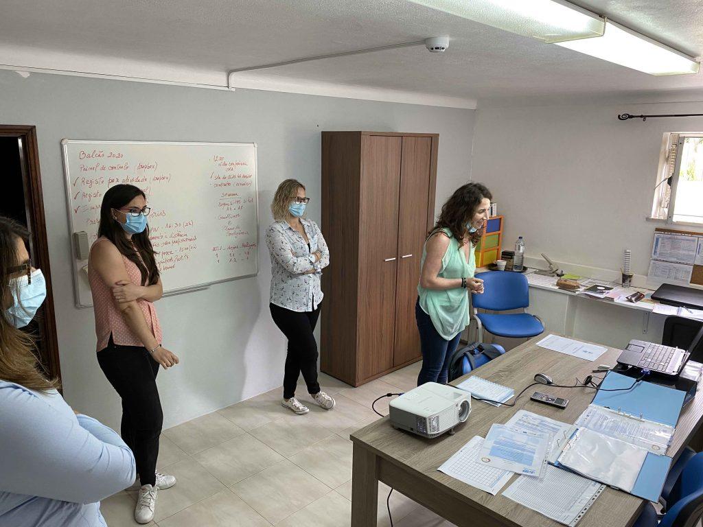 Apresentação da equipa CLDS 4G Aveiro à Câmara Municipal de Aveiro